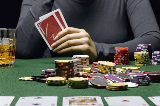 Pengertian dari bluffing permainan poker online